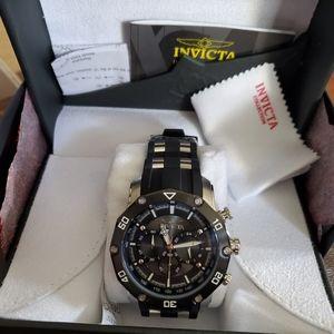 NEW Invicta Pro Diver watch model # 28753.